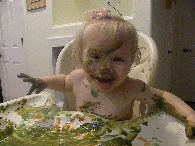 640px-Messy_toddler